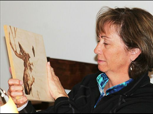 May 13, 2021 Pyrography – Introduction to Wood Burning by Julie Bender